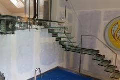 002-schody-szklane