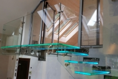 003-schody-szklane