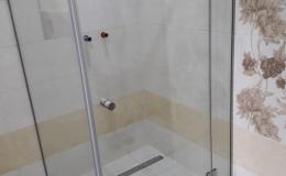 002-szklane-kabiny-prysznicowe