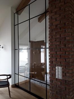 Drzwi i przeszklenia loftowe